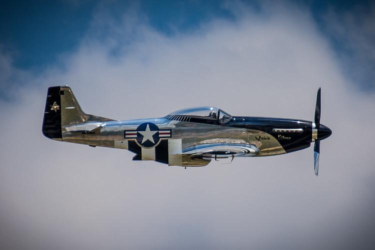 """North American P-51 D """"Quick Silver"""""""